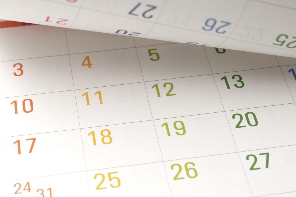 w10_3_Colorful Calendar