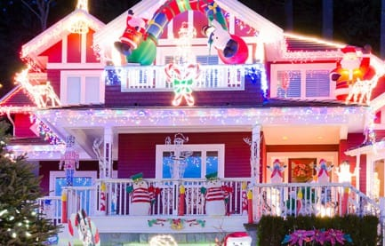 Top 5 Candy Cane Lanes in America for 2016