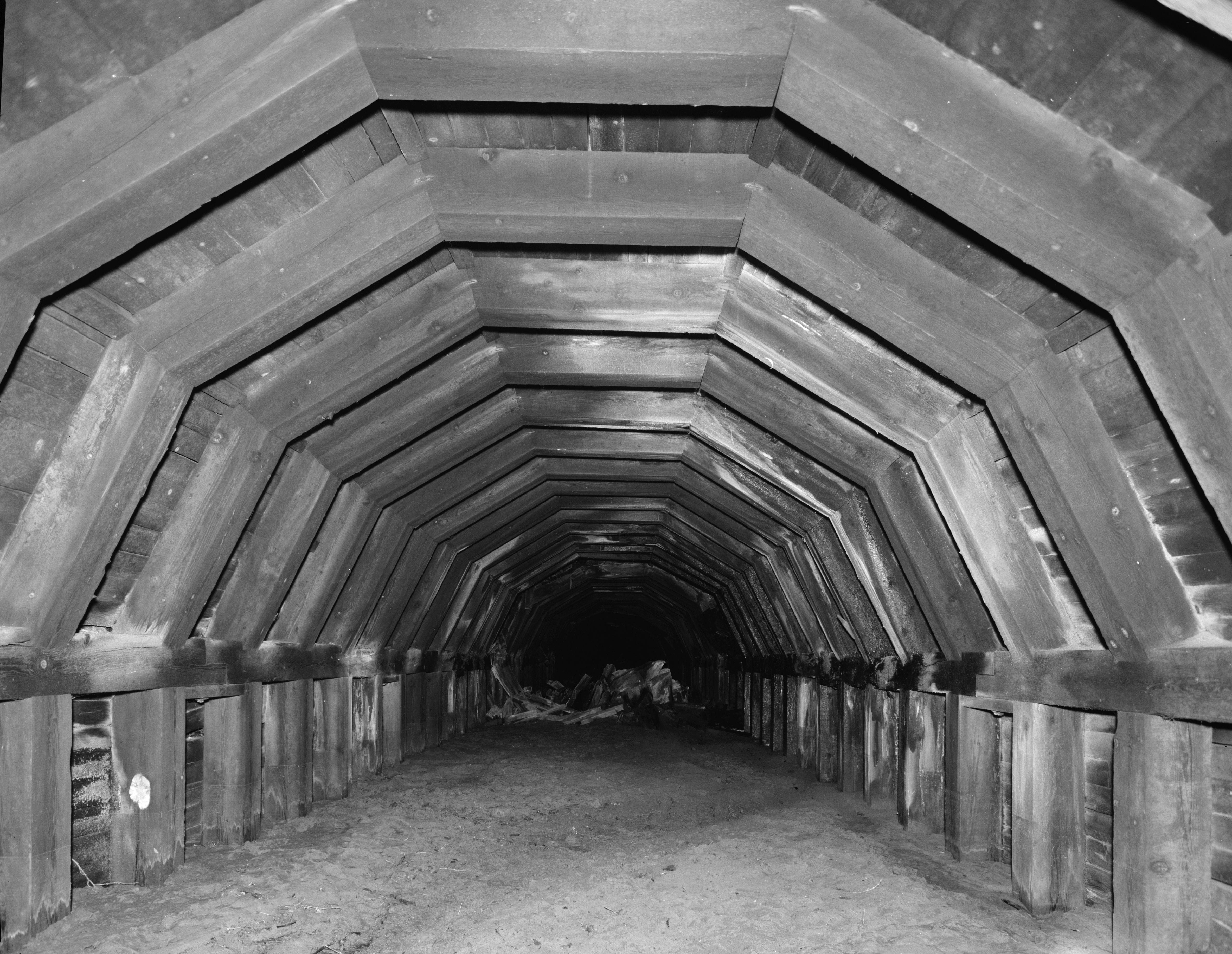 w21-3-Portland Railroad Tunnel