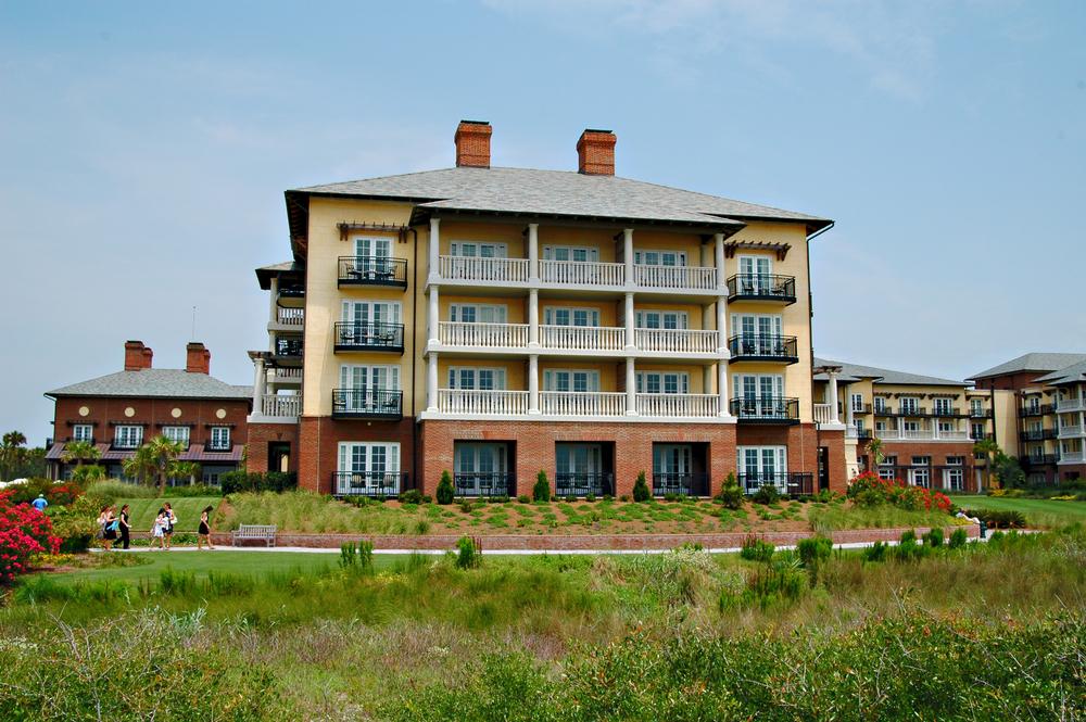 cw07_3_Golf Resort