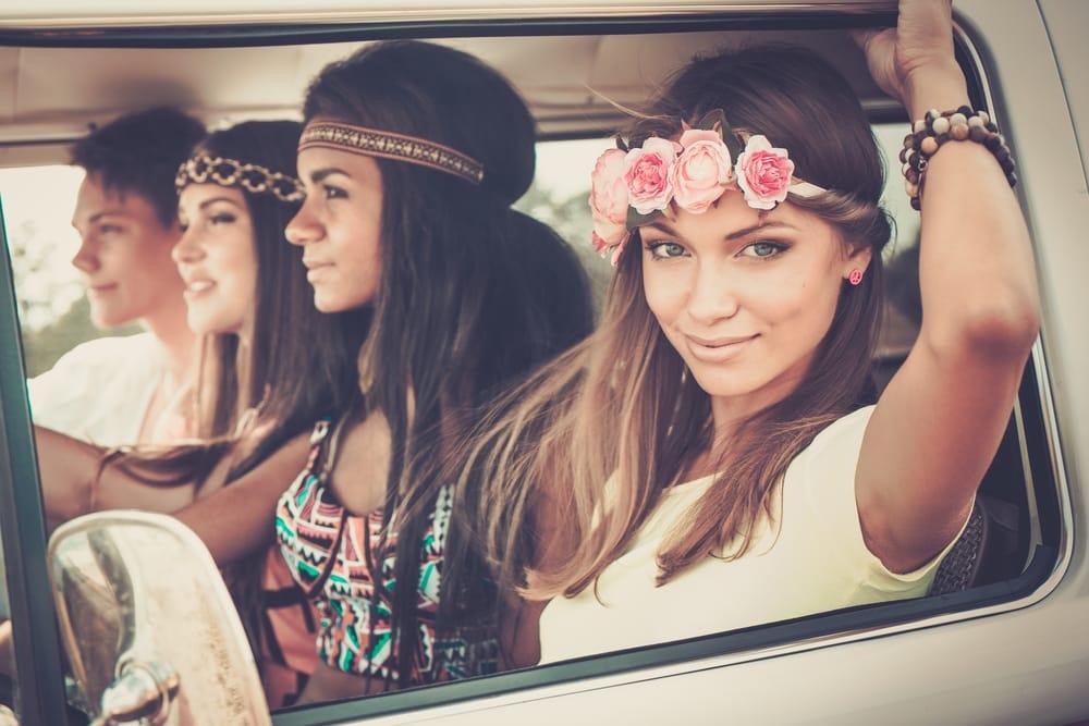 cw15_1_Multi-ethnic hippie friends